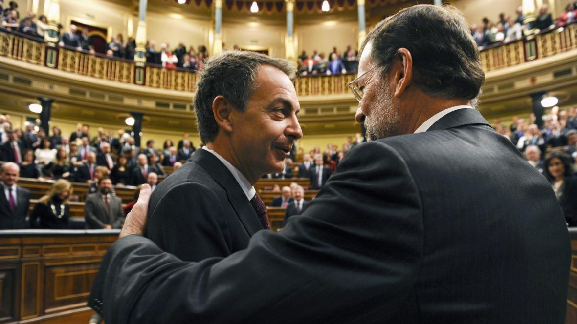 Vůdci socialistů a lidovců Zapatero a Rajoy