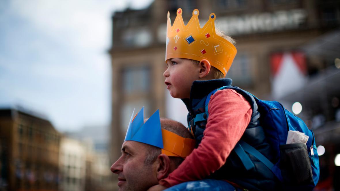 Nizozemci přišli pozdravit nového krále