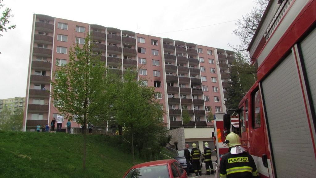 Panelový dům, ve kterém hořelo