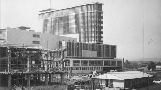 Stavba hlavní budovy televize na Kavčích horách