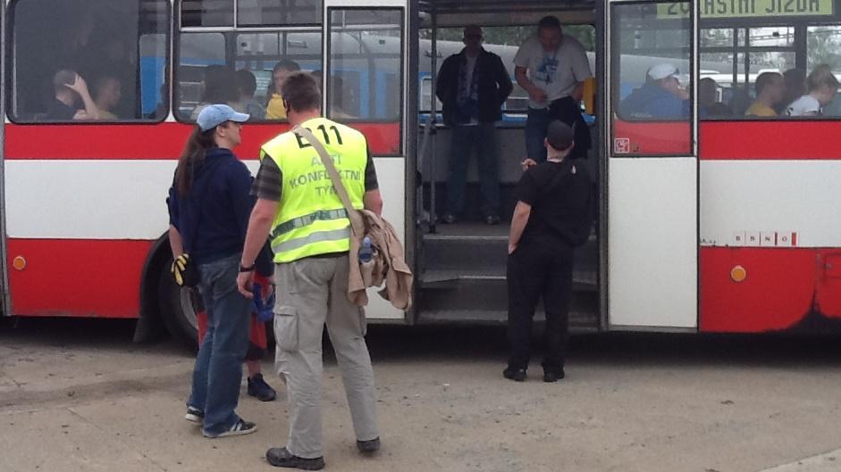 Ze Slatiny jeli Baníkovci speciálními autobusy na stadion v Srbské ulici
