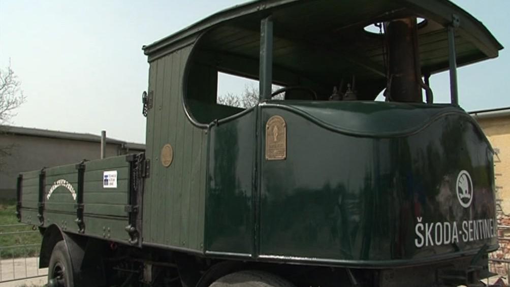 Historické dopravní prostředky lákají malé i velké