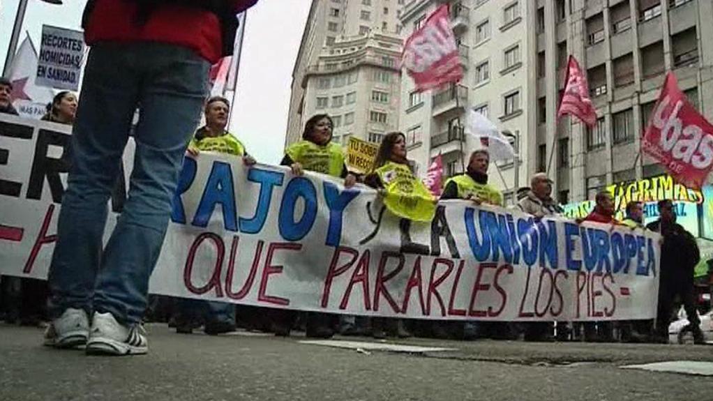 Protestující Španělé