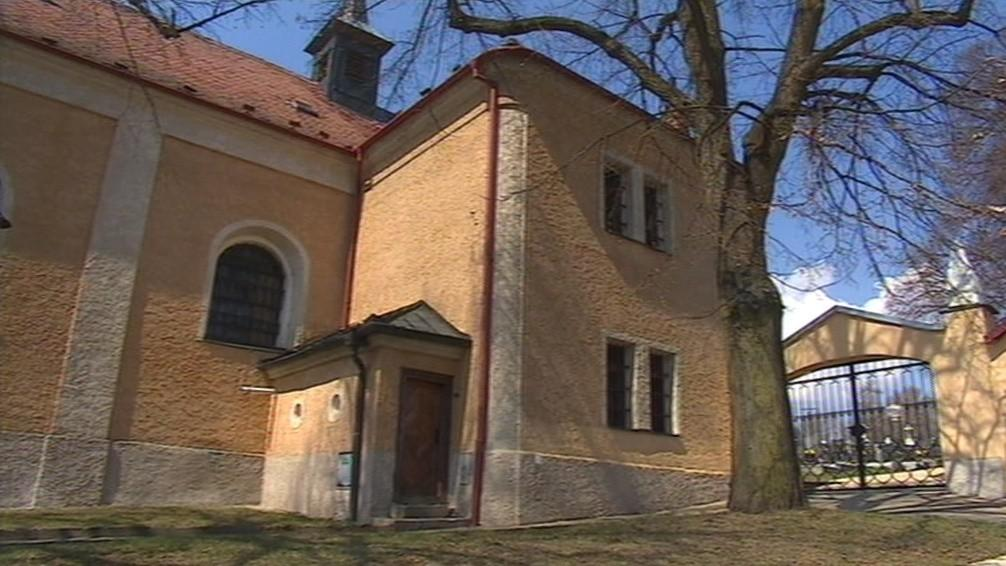 První písemná zmínka o obci pochází z roku 1392