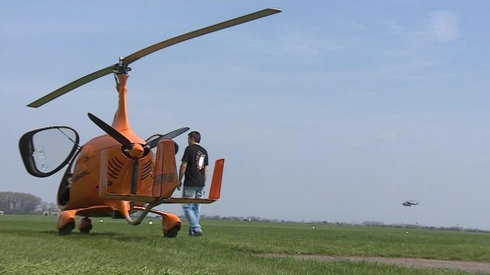 Vírník disponuje vrtulí i ocasní plochou