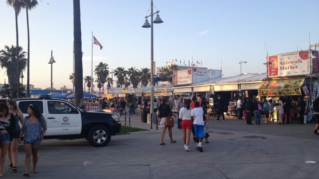 Policejní hlídka ve Venice Beach