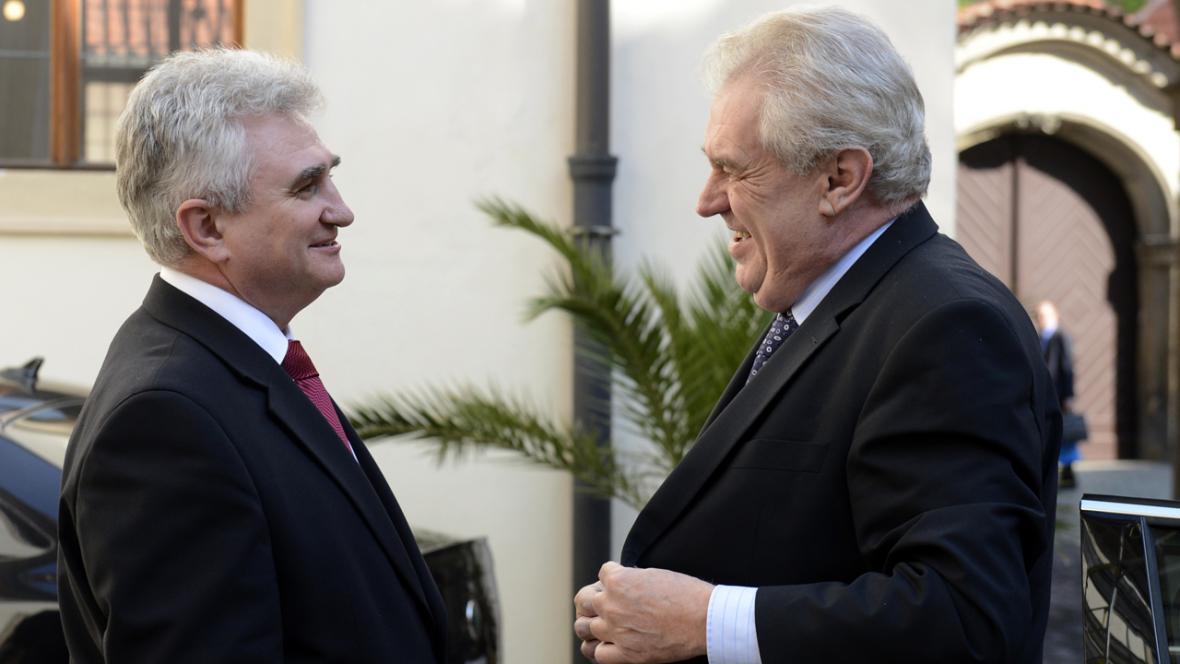 Prezident Miloš Zeman a předseda Senátu Milan Štěch