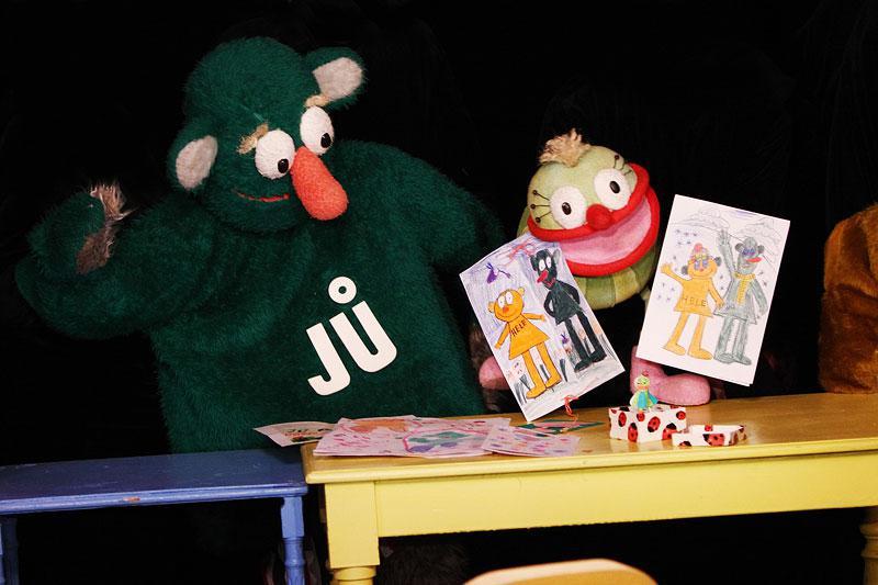 Jů a Muf ve Studiu Kamarád