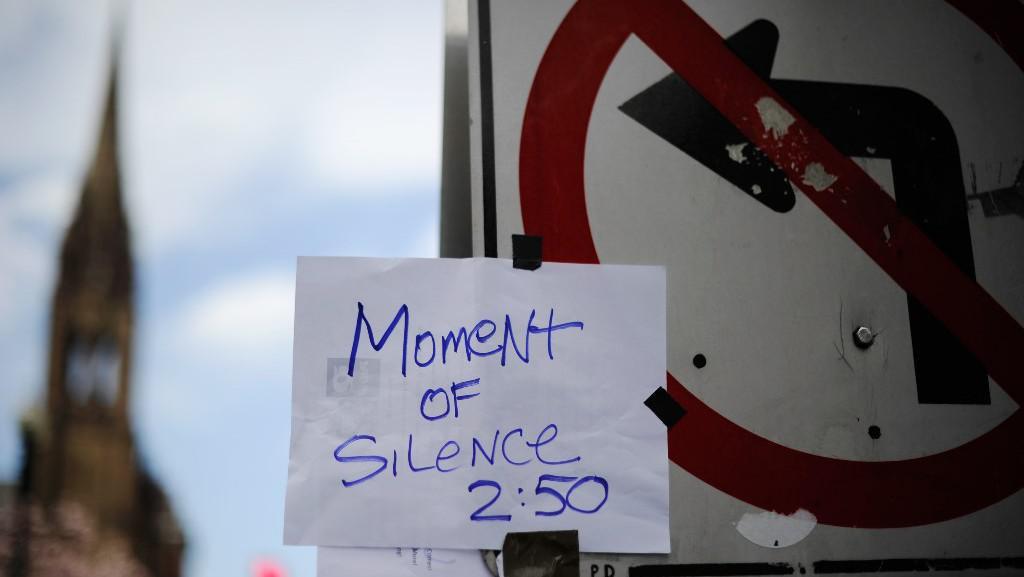 Minuta ticha za oběti útoku