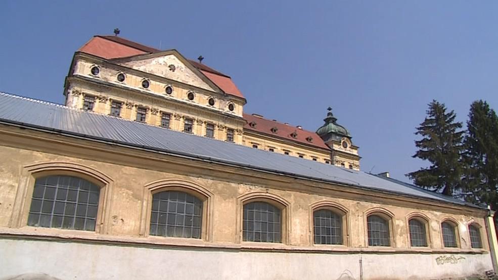 Jízdárna u Louckého kláštera