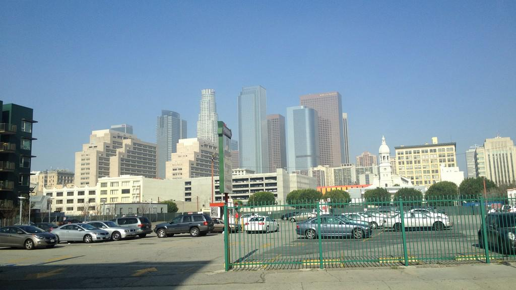 Downtown v Los Angeles