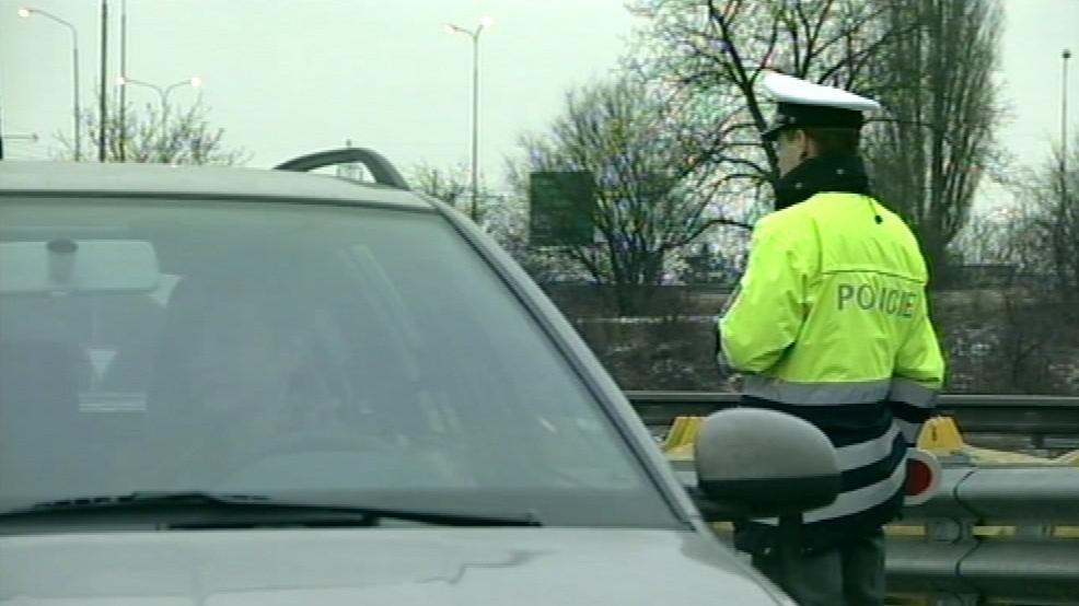 Policisté nařídili odtah vozidla a kauci 50 tisíc korun (ilustrační foto)