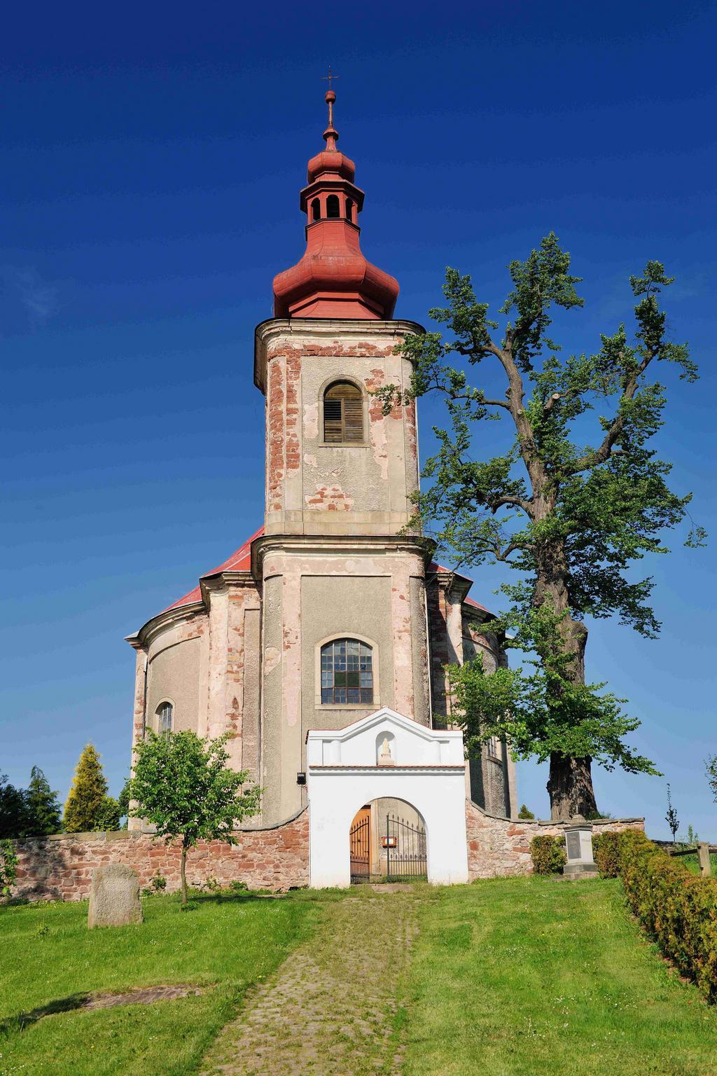 Kostel sv. Anny ve Vižňově