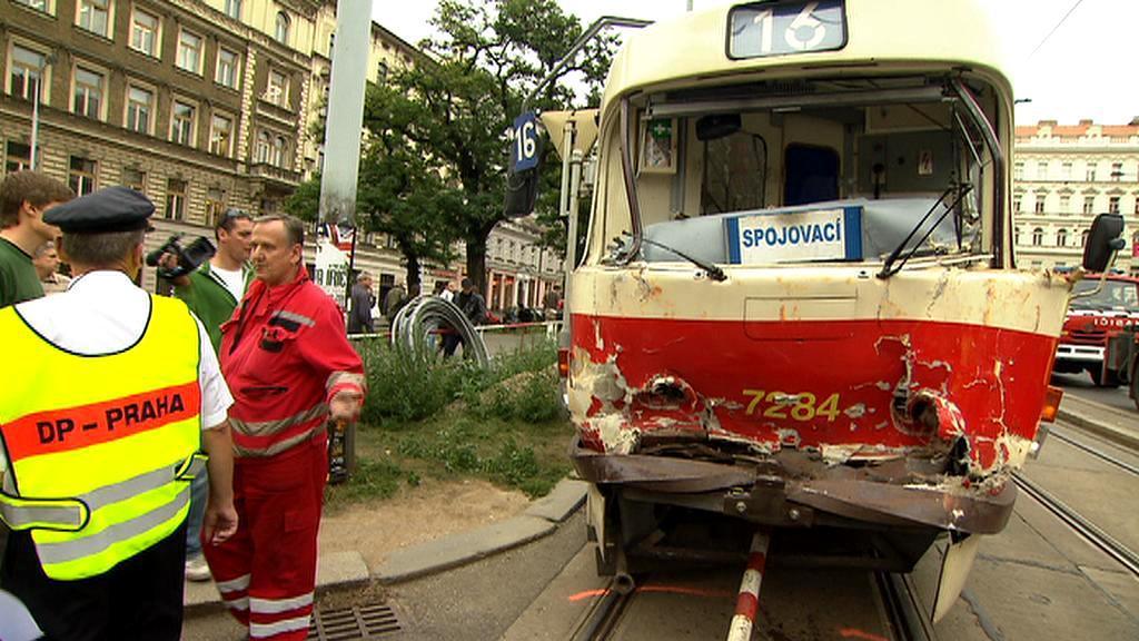 Srážka tramvají na Náměstí I.P. Pavlova