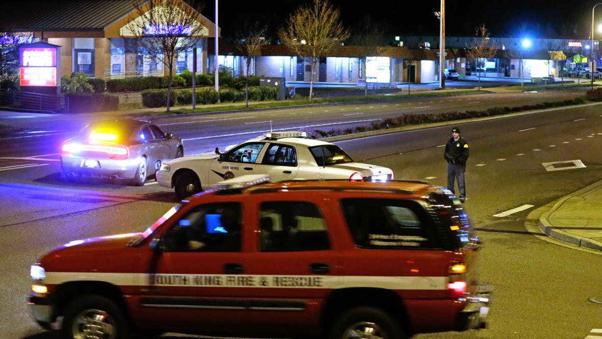 Policie a záchranáři na místě střelby v Seattlu