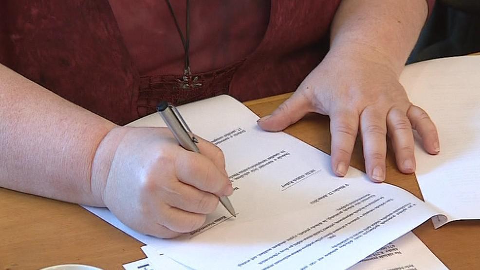 Podpis dohody o smíru mezi Ladnou a Břeclaví