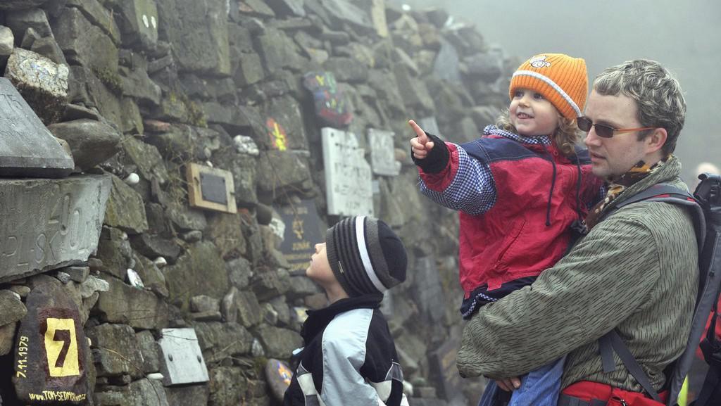 Uctění památky skautů pod Lysou horou