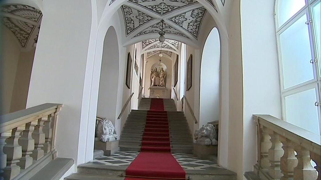 Zámecký interiér