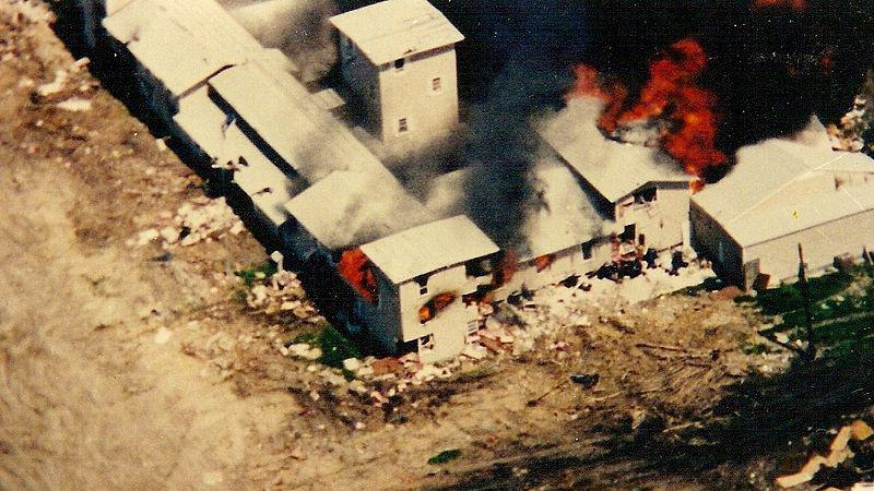 Hořící ranč na Mt. Carmel