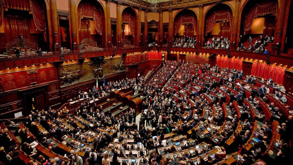 Italský parlament volí prezidenta