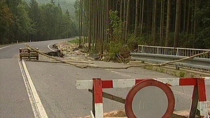 Příval vody poškodil i silnici I. třídy