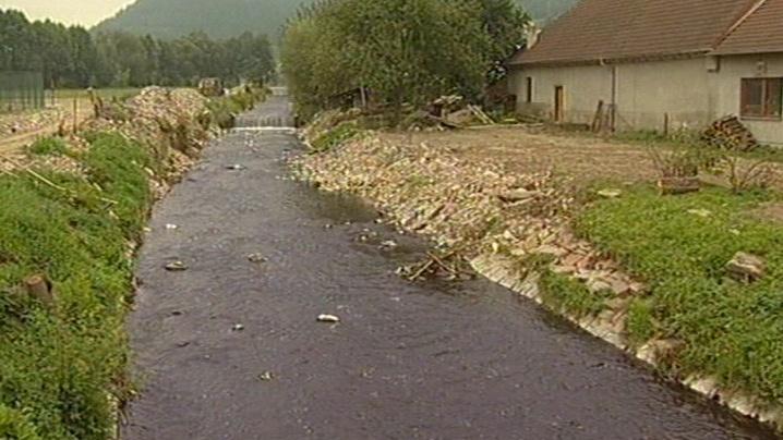 Hladina potoka se zvýšila na 3 metry