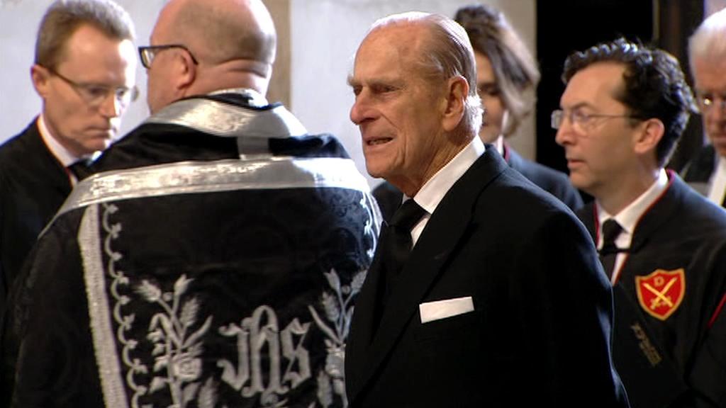 Princ Phillip na pohřbu Margaret Thatcherové