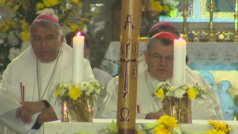 Mše na Velehradě se účastnil i kardinál Dominik Duka