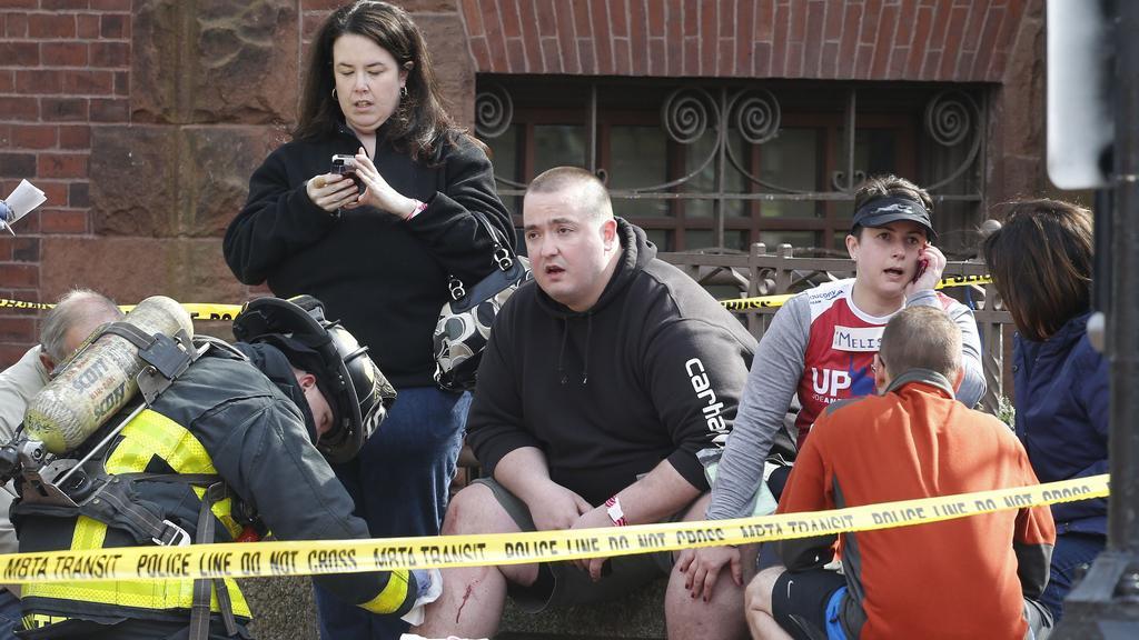 Ošetření diváků Bostonského maratonu