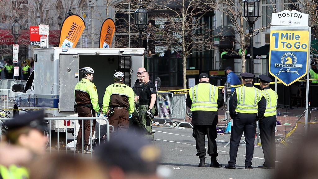 Policie dohlíží nad místem incidentu
