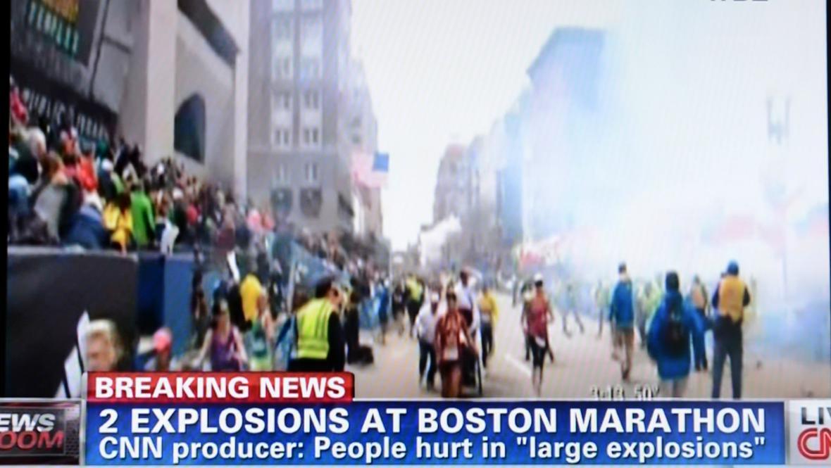 Výbuch v Bostonu zachytila stanice CNN
