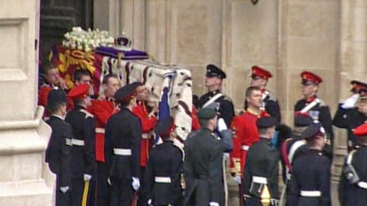 Pohřeb královny matky