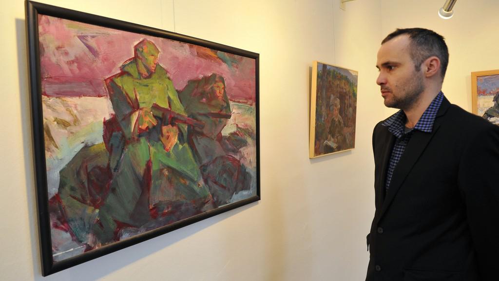 Z výstavy o socialistickém realismu na zámku Slavkov