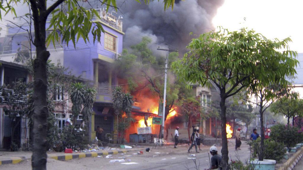 Nepokoje v Barmě