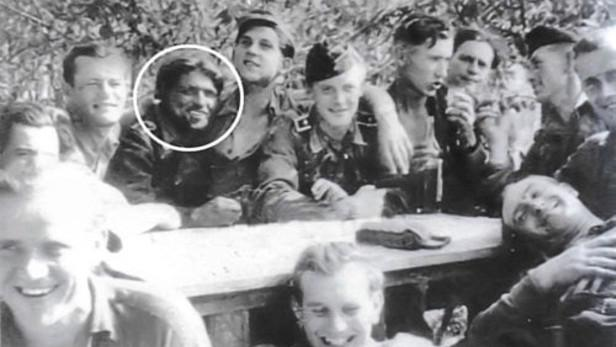 Kurt Knispel s přáteli
