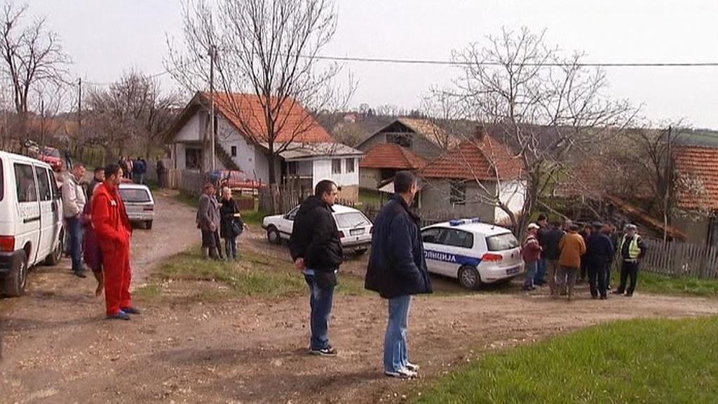 Srbská policie vyšetřuje vraždy v obci Velika Ivanća
