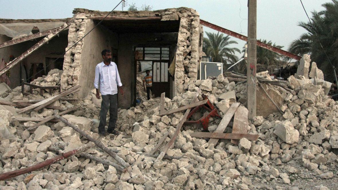 Následky zemětřesení v Íránu