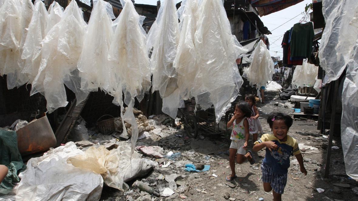 Igelitové sáčky na Filipínách
