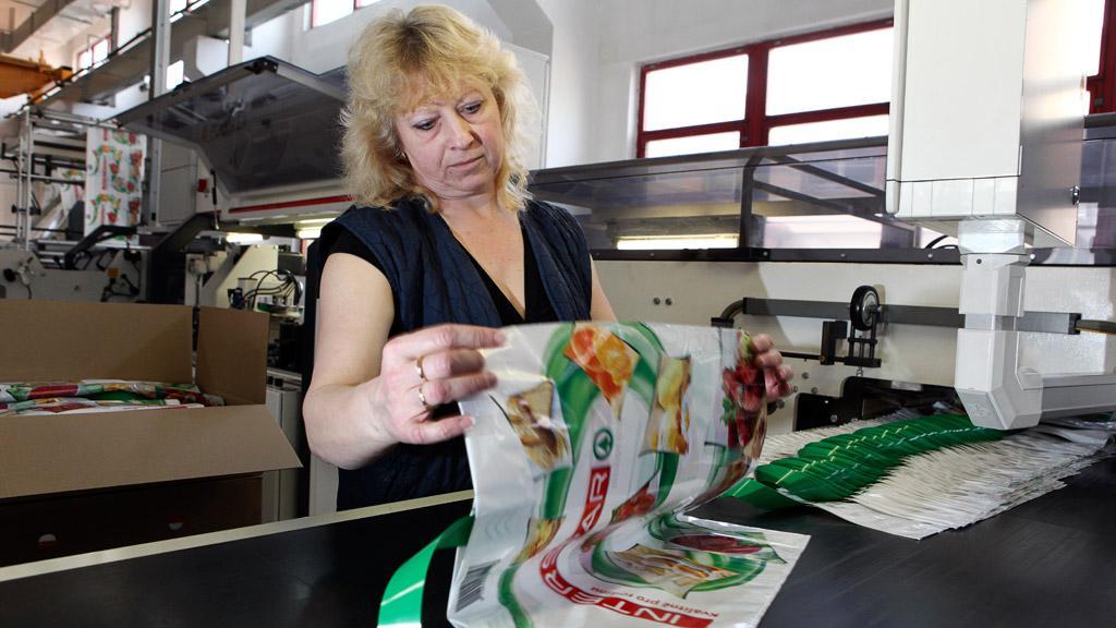 Výroba igelitových tašek a fólií