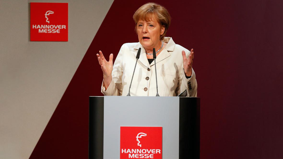 Angela Merkelová na zahájení hannoverského veletrhu