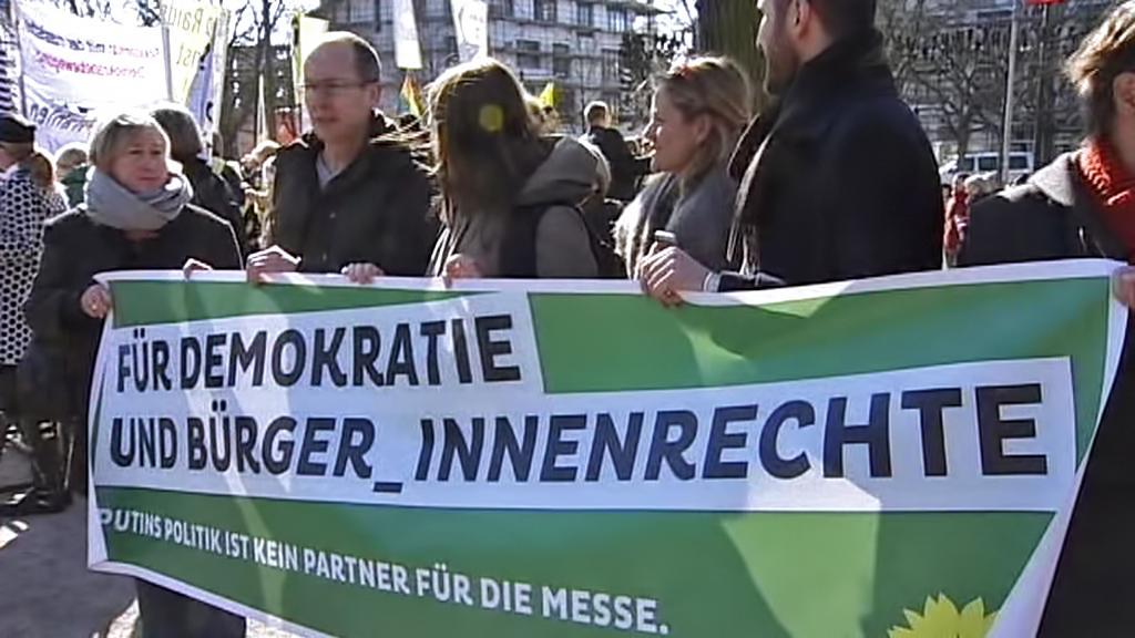 Protiputinovská demonstrace v Hannoveru
