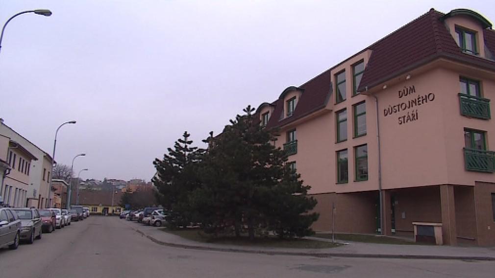 Brněnský domov dostává nízké dotace. Nezřídil jej totiž kraj