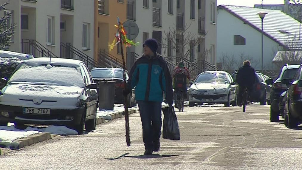 V obci funguje kromě Slováckého souboru i Dětská cimbálová muzika