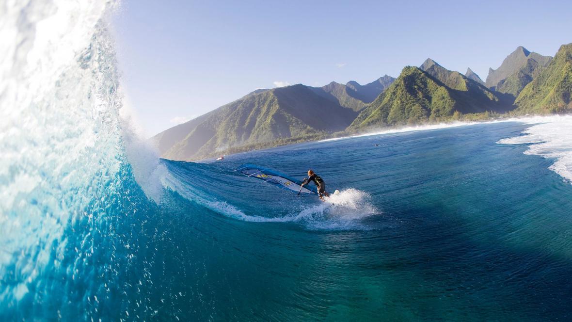 Windsurfing na Tahiti