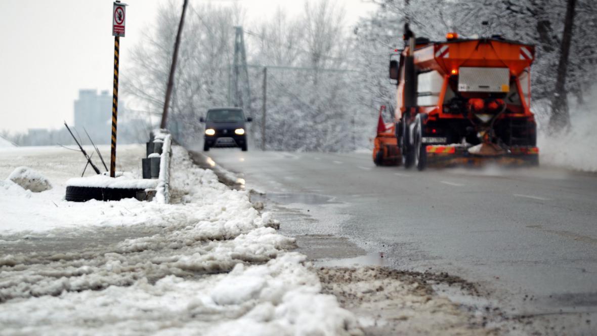 Sníh na silnicích
