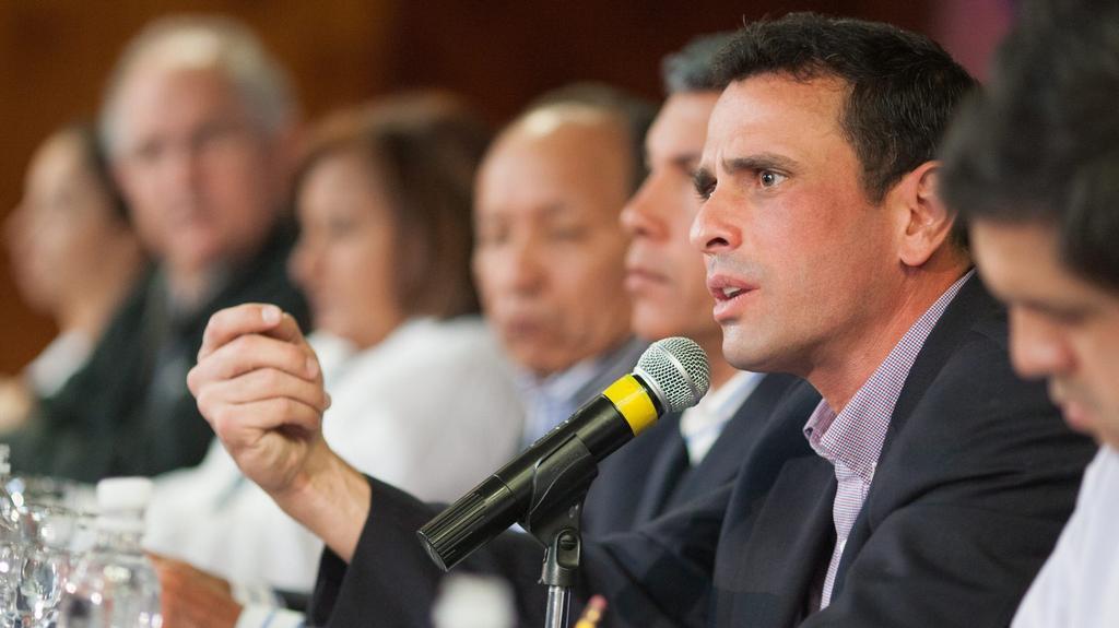 Opoziční kandidát Henrique Capriles