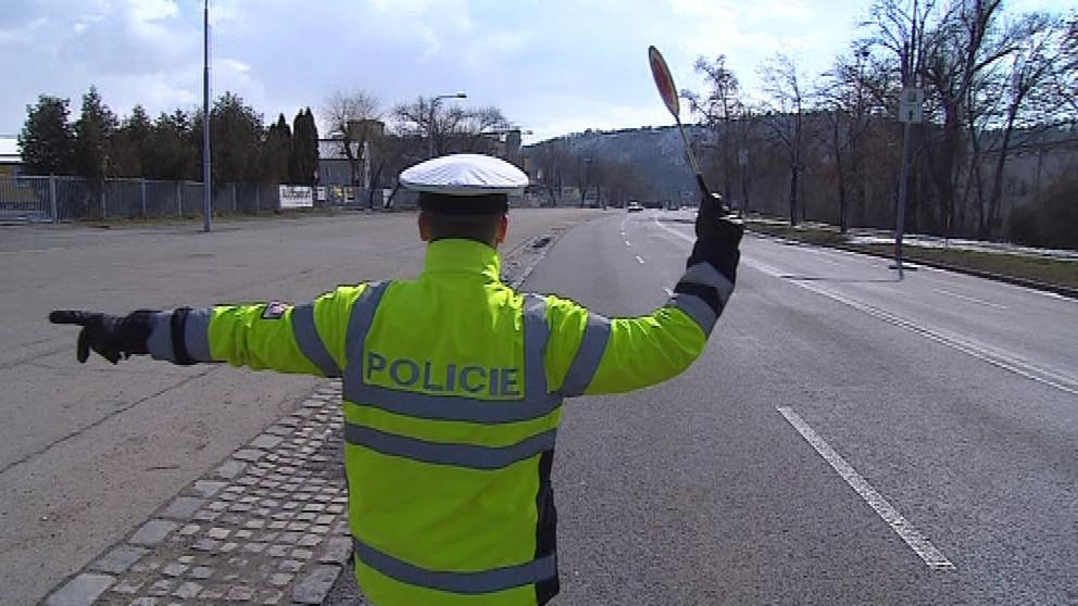Do brněnských ulic se dnes vydaly na kontroly desítky policistů