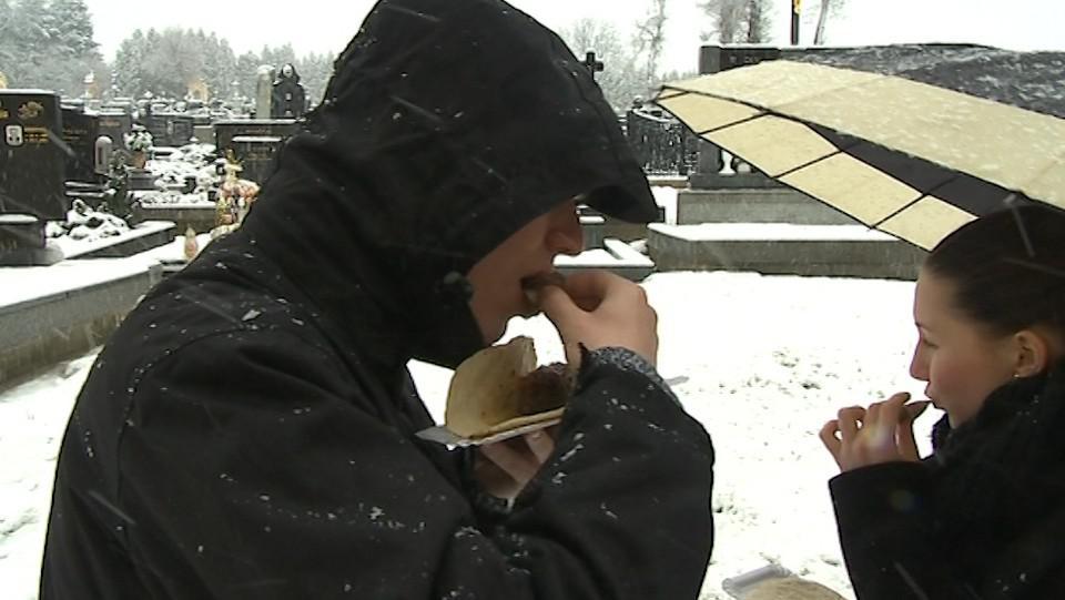 Ani hustý sníh místní od návštěvy neodradil