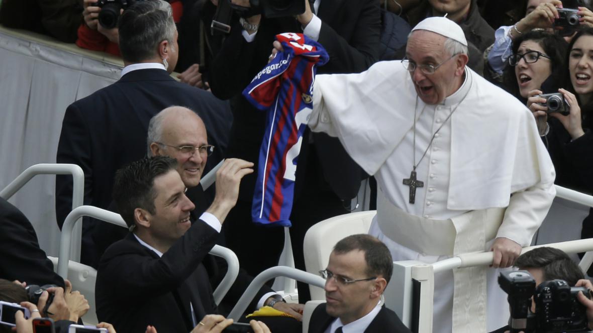 František dostal dres svého oblíbeného fotbalového klubu