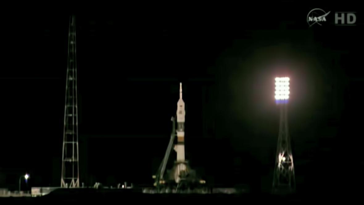 Vesmírná loď Sojuz TMA-08M 14 minut před startem